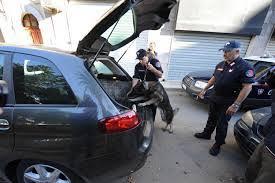 Smokkelen van wapens, explosieven en drugs